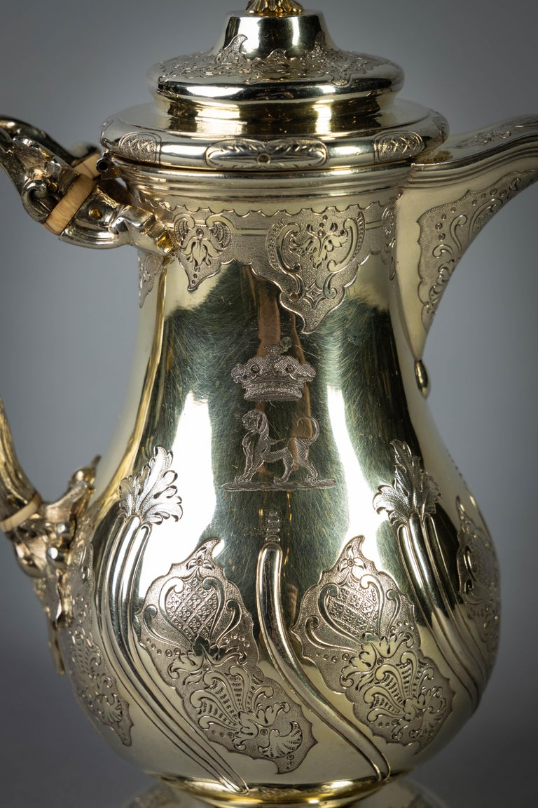 Fine and Rare William IV English Silver Gilt Coffee Jug For Sale 2