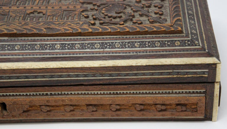 Fine Antique Anglo Indian Mother Carved Box For Sale 3