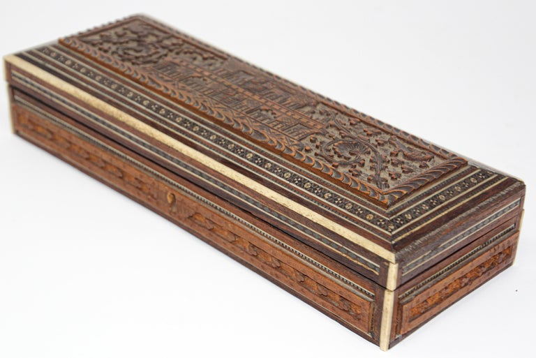Fine Antique Anglo Indian Mother Carved Box For Sale 10