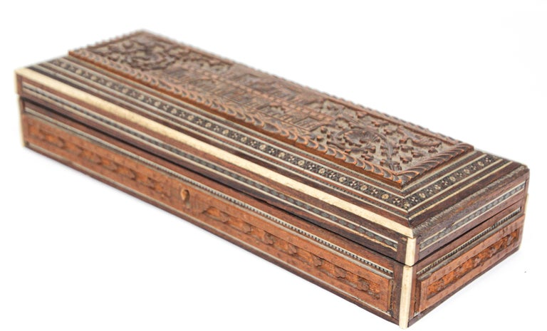 Fine Antique Anglo Indian Mother Carved Box For Sale 11