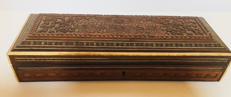 Fine Antique Anglo Indian Mother of Pearl Inlay Box In Good Condition For Sale In North Hollywood, CA