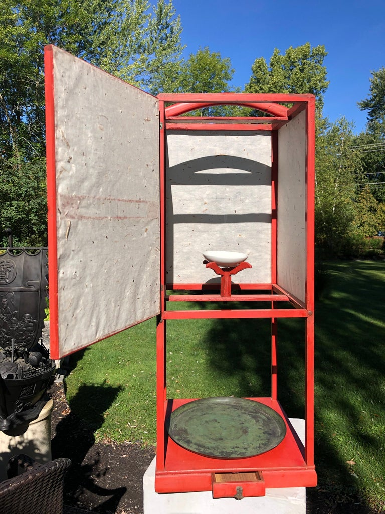 Fine Antique Japan Red Lacquer Andon Floor Lamp 1880 Immediately Usable In Good Condition For Sale In Shelburne, VT
