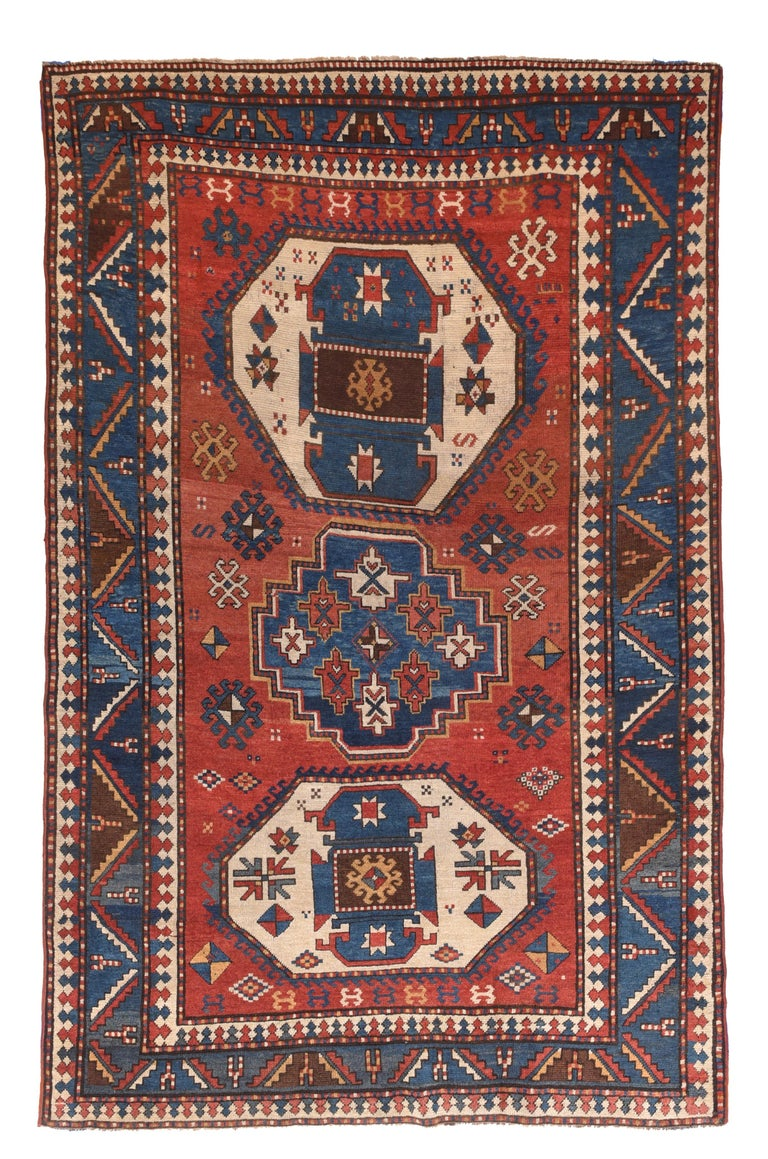 Fine Antique Kazak Russian Rug, Hand Knotted, circa 1890 In Excellent Condition For Sale In Chevy Chase, MD