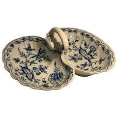 Fine Antique Meissen Porcelain Blue Onion Pattern 2 Lobed Serving Dish