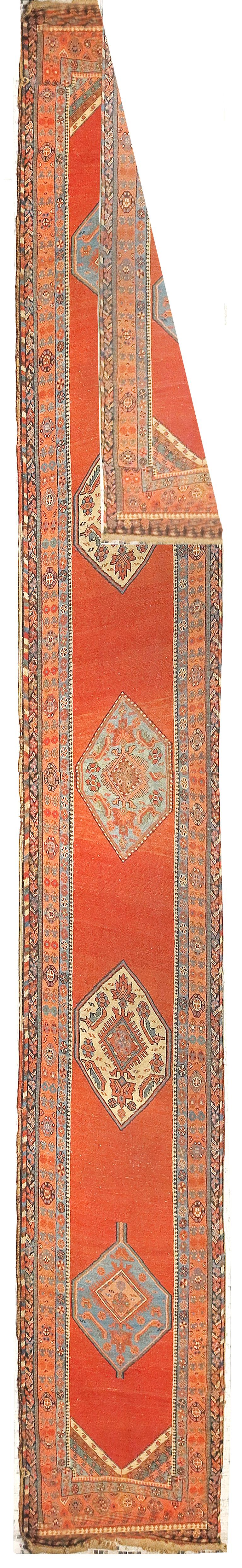 Fine antique Persian Bakshayesh Runner rug, hand knotted, circa 1890