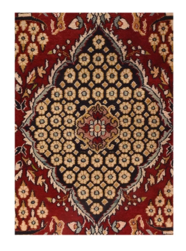 Fine antique Persian Kashan rug, door matt size, hand knotted, circa 1920