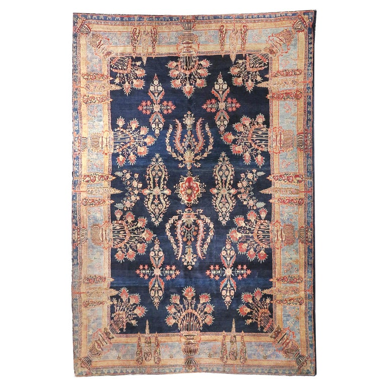 Fine Antique Persian Rug Farahan Sarouk, Hand Knotted, circa 1910 For Sale
