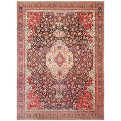 Fine Antique Persian Tehran Rug. Size: 9 ft 7 in x 13 ft