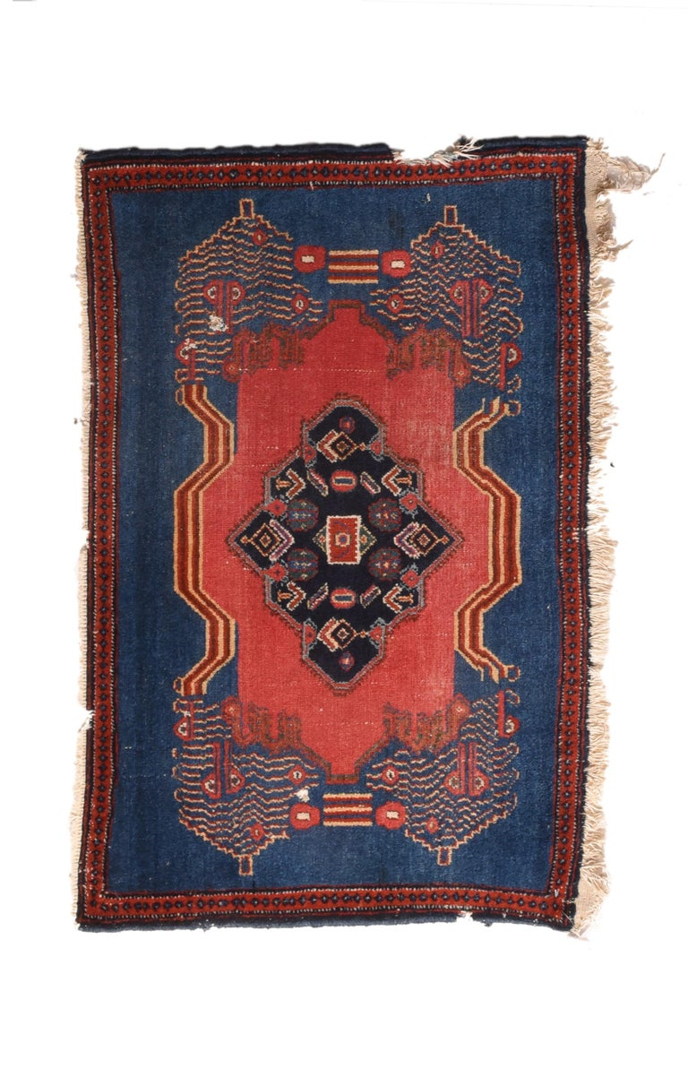 Fine Antique Senneh Persian Kurd Rug, Hand Knotted, circa 1910 In Fair Condition In Chevy Chase, MD