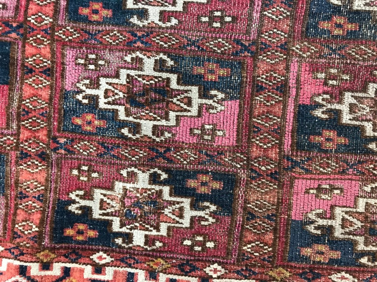 Fine Antique Turkmen Chuval Rug In Good Condition For Sale In Saint Ouen, FR