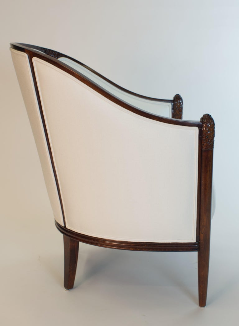 Fine original Art Deco Bergère Armchair by A. Bicchierini In Good Condition For Sale In Brooklyn, NY