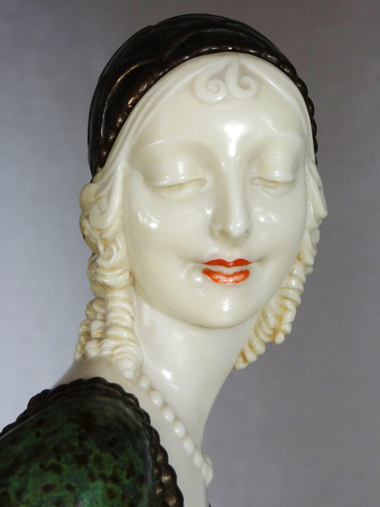 """Early 20th Century Fine Authentic Art Deco Figural Group """"Friends"""" by Demetre Chiparus For Sale"""