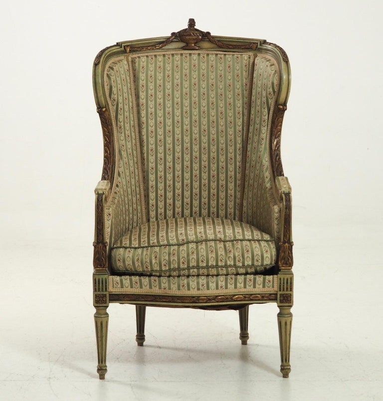 Fine bergère, richly carved, in old paint, second half of the 19th century.