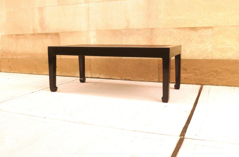 Fine Black Lacquer Low Table with Canned Top In Excellent Condition For Sale In Greenwich, CT