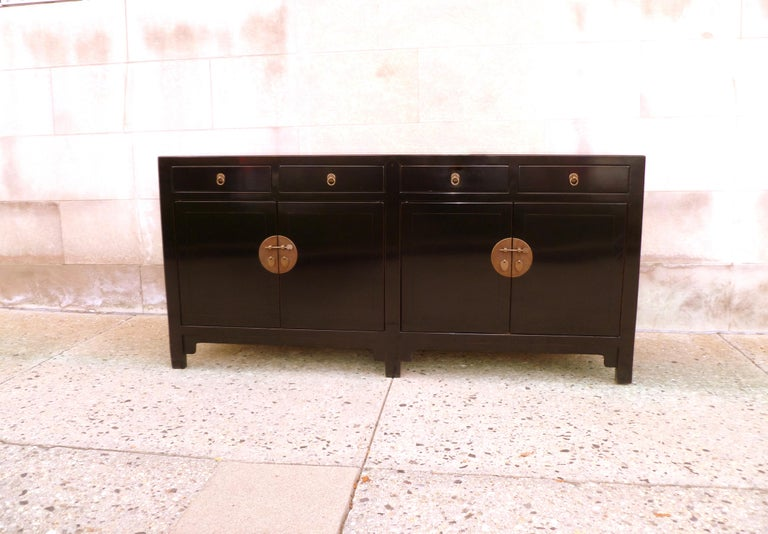 Ming Fine Black Lacquer Sideboard with Drawers and Doors For Sale