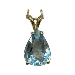 Fine Blue Aquamarine 2.20 Carat Pear Teardrop Cut Yellow Gold Pendant Necklace