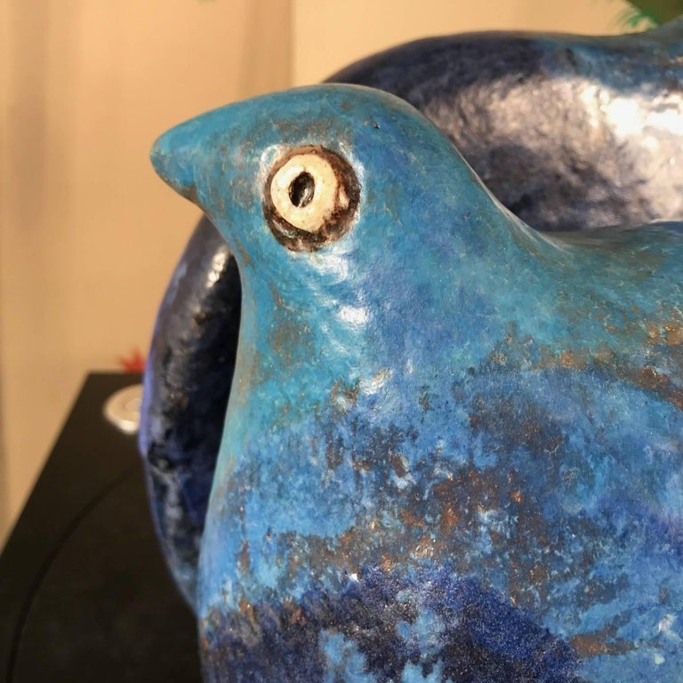 Hand-Crafted Fine Blue Love Doves Sculpture Master Work Hand-Painted by Eva Fritz-Lindner For Sale