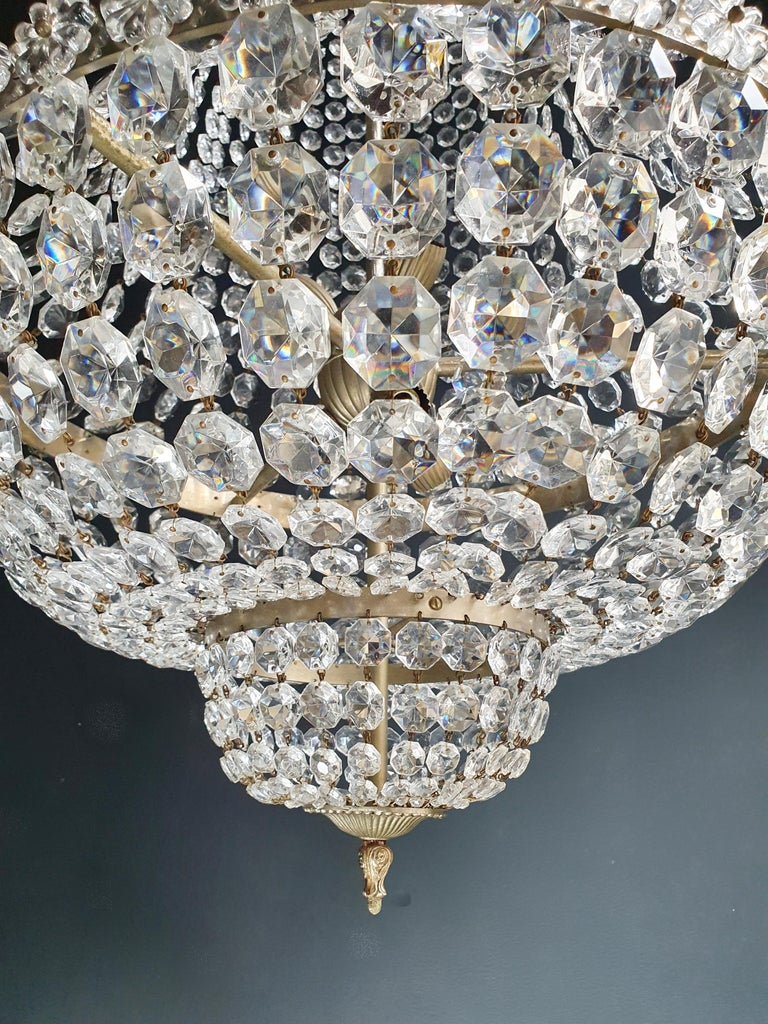 Hand-Knotted Fine Brass Empire Chandelier Crystal Sac a Pearl Lamp Lustre Chrome Art Deco For Sale