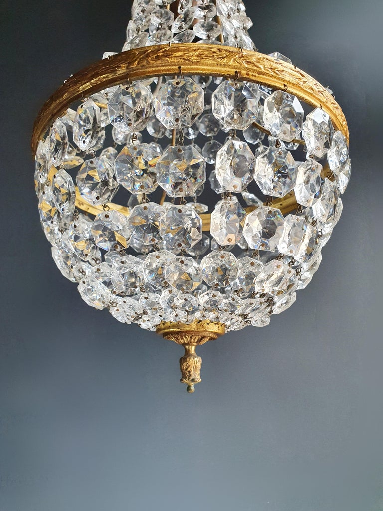 Fine Brass Empire Sac a Pearl Chandelier Crystal Lustre Ceiling Lamp Antique In Good Condition For Sale In Berlin, DE
