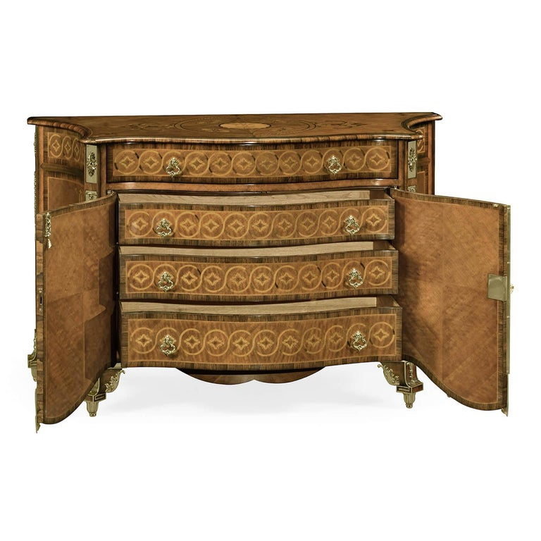 Fine Chippendale Chest of Drawers For Sale 4
