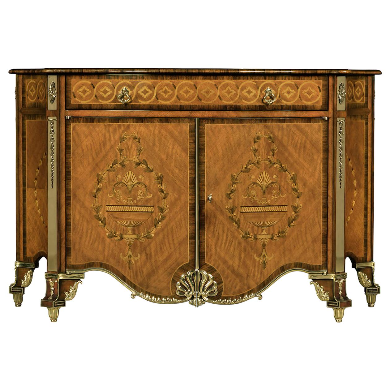 Fine Chippendale Chest of Drawers