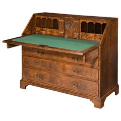 Fine Chippendale Period Mahogany Kneehole Desk /Dressing Table