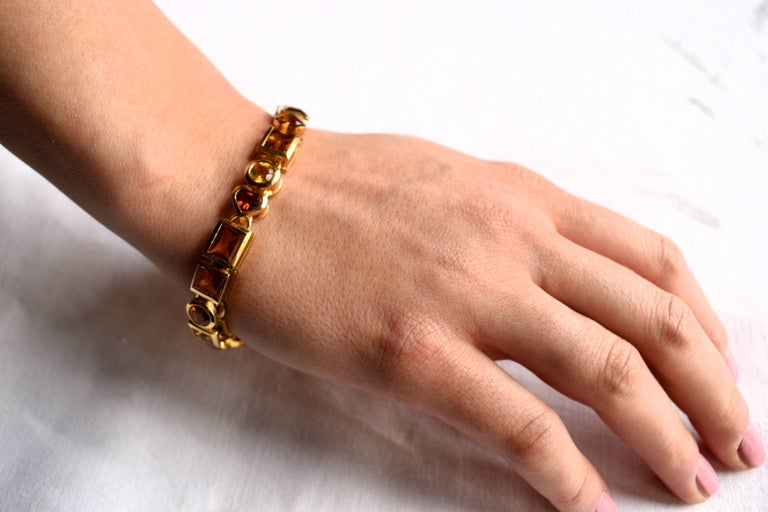 Contemporary Fine Citrine 18K Gold Bracelet Bracelet  For Sale