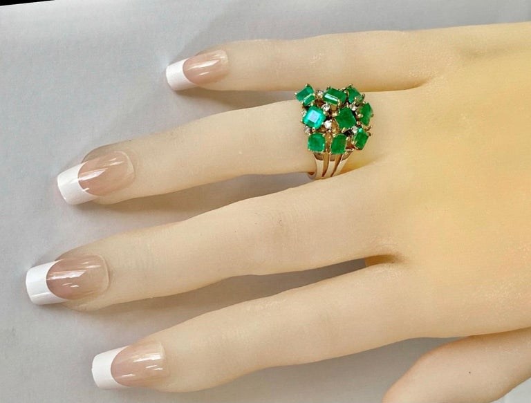 Emerald Cut Fine Cocktail Retro Style Colombian Emerald Ring 18K For Sale