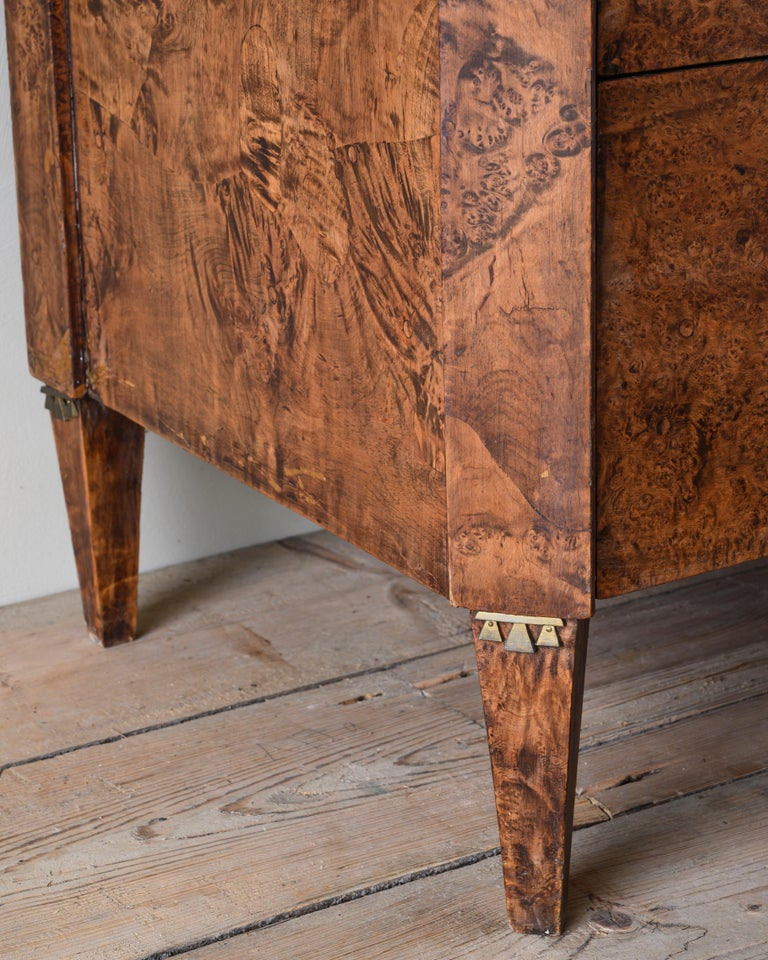 Fine Early 19th Century Gustavian Alder Root Chest of Drawers For Sale 1