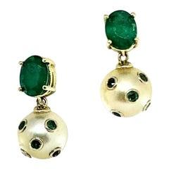 Fine Emerald and South Sea Pearl 18 Karat 4.10 Carat Earrings Certified