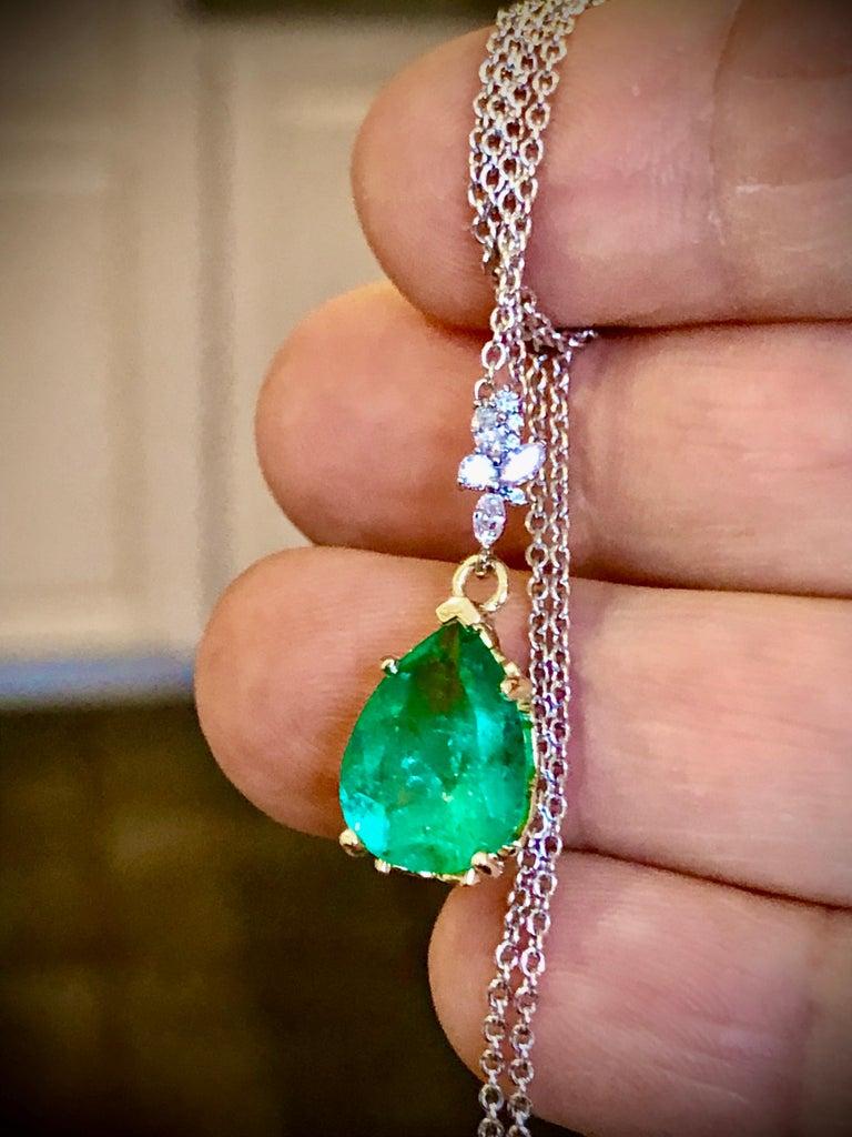 Fine Emerald Diamond Pendant Drop Necklace in 18 Karat and Platinum For Sale 3
