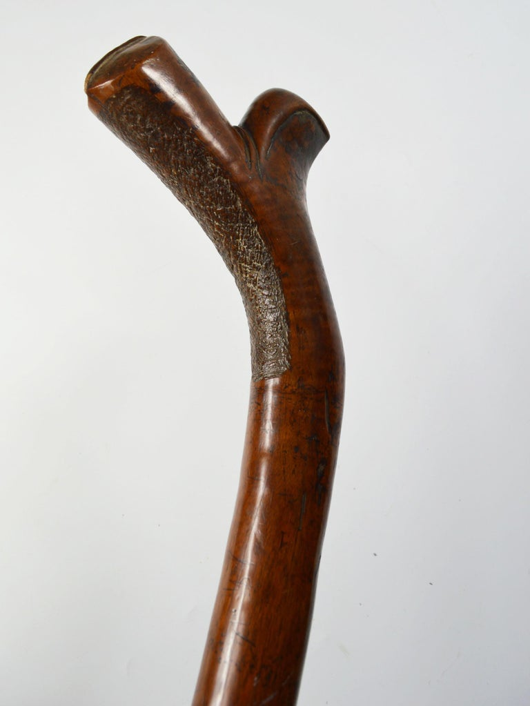 Good fine Fiji Kiakavo war club Polynesian Oceanic Australian Pacific  Fine example of a smaller sized club with excellent walnut type patina, probably made for a youth   Period early 19th century   Hard wood   Condition: Fine  Measure: