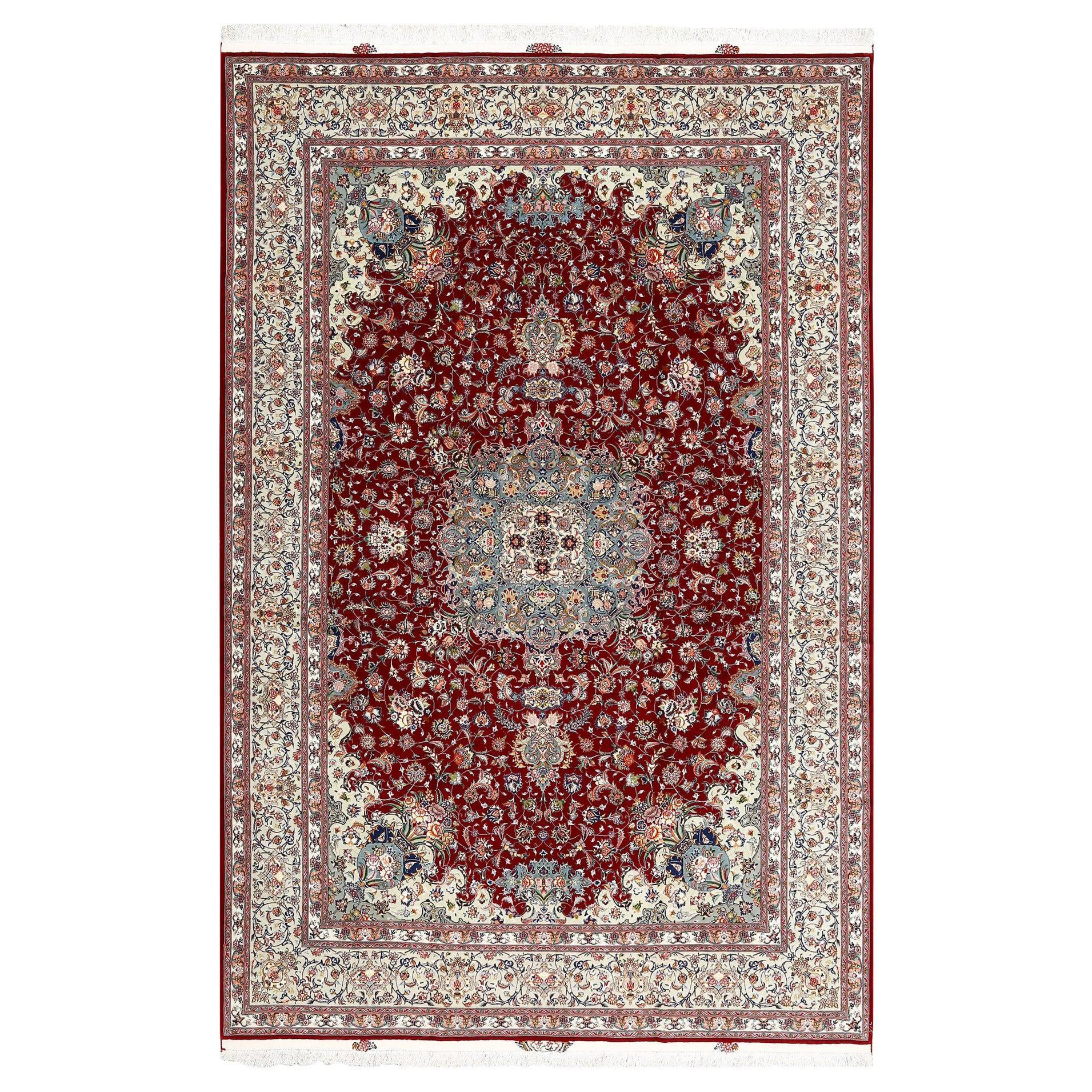 Fine Floral Vintage Tabriz Persian Rug. Size: 8 ft 1 in x 12 ft 3 in