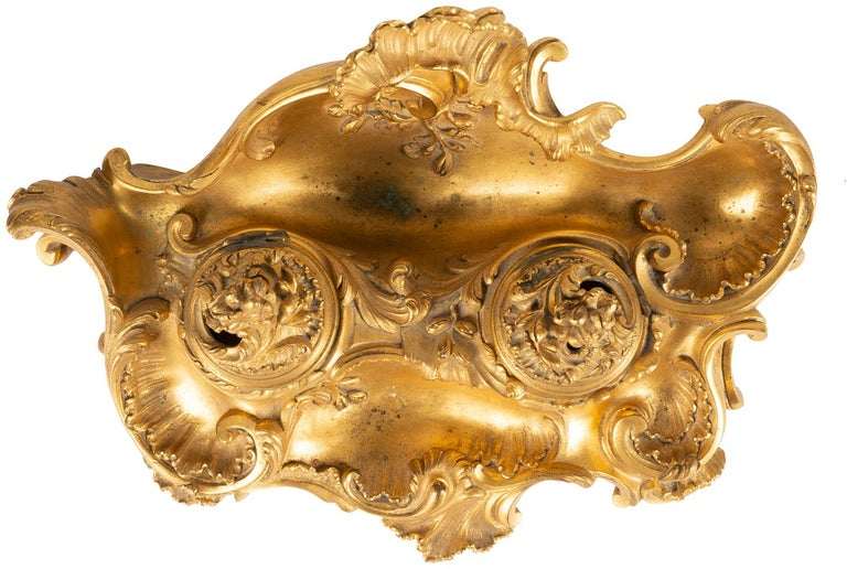 Fine French Late 19th Century Gilded Ormolu Rococo Style Inkwell by Millet For Sale 4