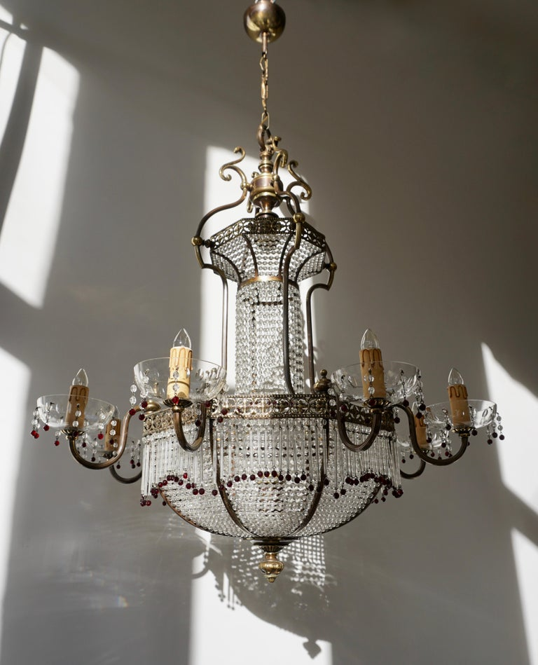 Fine French Sac a Pearl Chandelier For Sale 2