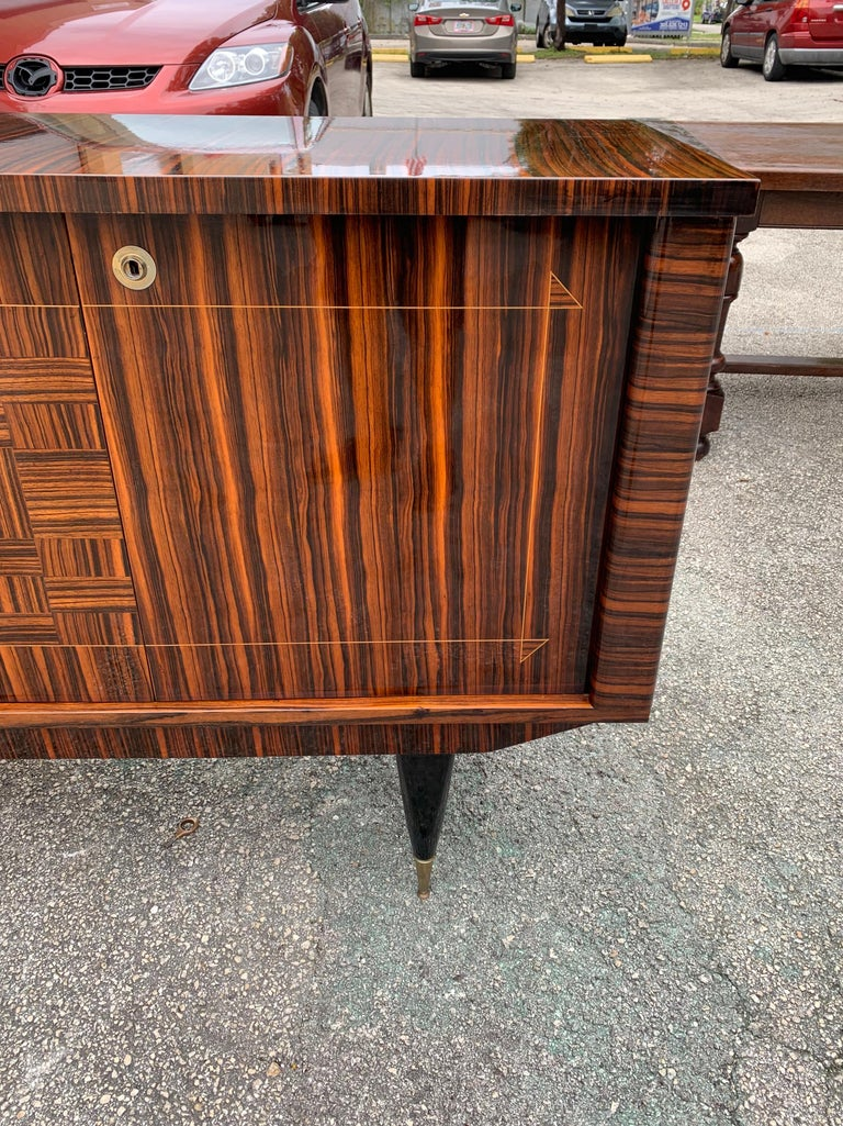 Fine French Vintage Macassar Ebony Buffet / Sideboard / Credenza For Sale 1