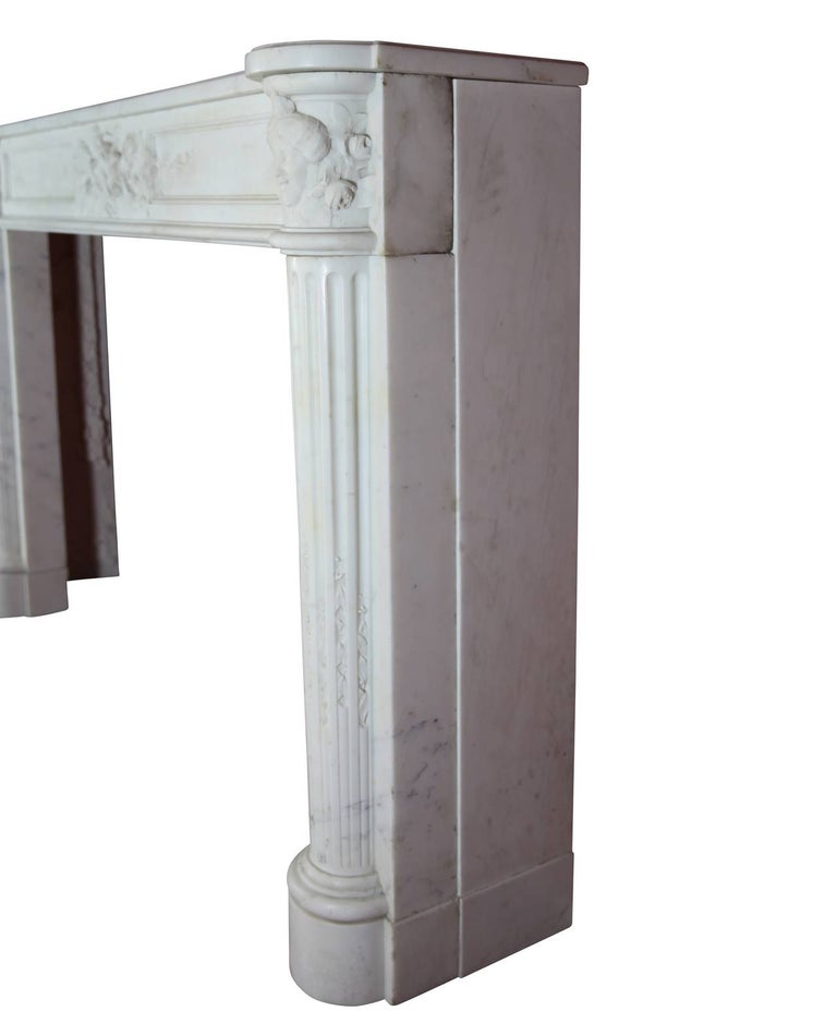 Fine French White 18th Century Carrara Marble Antique Fireplace Surround For Sale 2