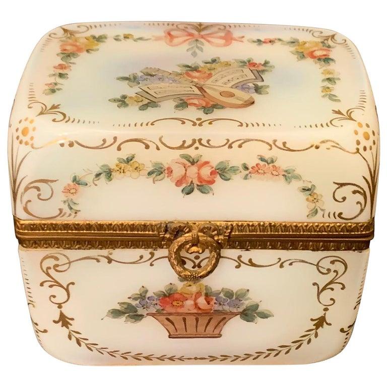 Fine French White Opaline Glass Ormolu Bronze Hand Painted Jewelry Vanity Box For Sale