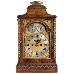Feine George III Periode Mahagoni Bracket Clock signiert von Alex Dickie