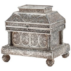 Fine Indonesian Colonial Silver Filigree Casket, Early 18th Century
