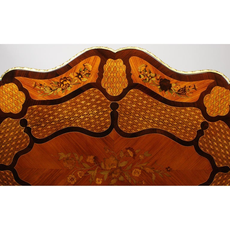Fine Italian 19th Century Floral Marquetry Gilt Bronze-Mounted Center Table Desk For Sale 12