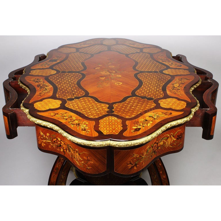 Fine Italian 19th Century Floral Marquetry Gilt Bronze-Mounted Center Table Desk For Sale 15