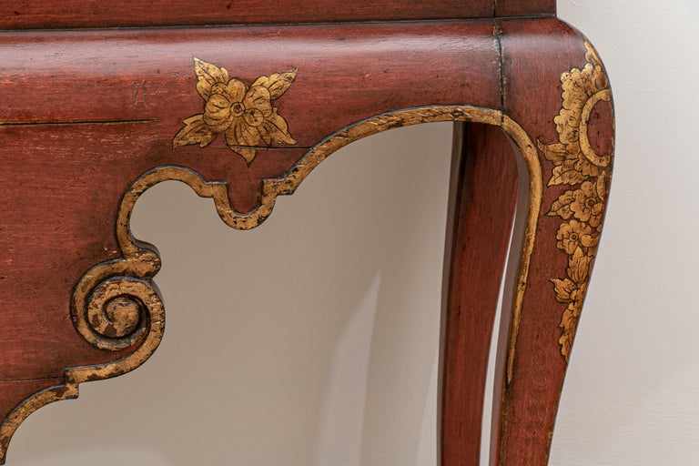 Fine Italianate Carved and Decorated Console Table For Sale 2