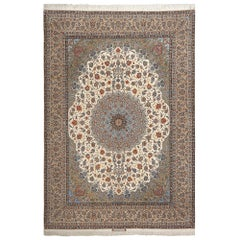 Fine Ivory Vintage Isfahan Persian Rug. Size: 9 ft 10 in x 14 ft 3 in