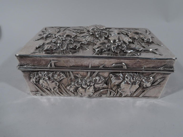 Meiji Fine Japanese Hand-Hammered Silver Box with Irises For Sale
