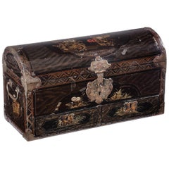 Fine Japanese Namban Lacquer Jewelry Casket, 17th Century