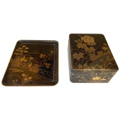 Fine Japanese Set of Lacquer Maki-E Box and Tray Meiji Period