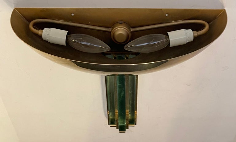 Fine Karl Springer Mid-Century Modern Polished Brass Glass Purcell Pair Sconces In Good Condition For Sale In Roslyn, NY
