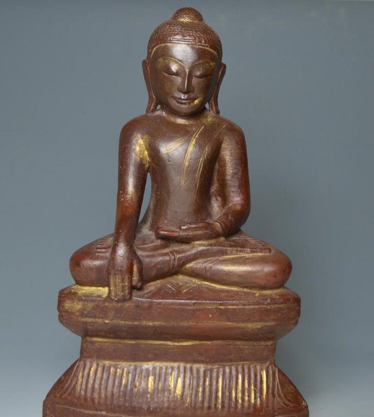 Hardwood Fine Large Burmese Shan Wood Buddha 18th Century 中国古董 Asian Art Antiques For Sale