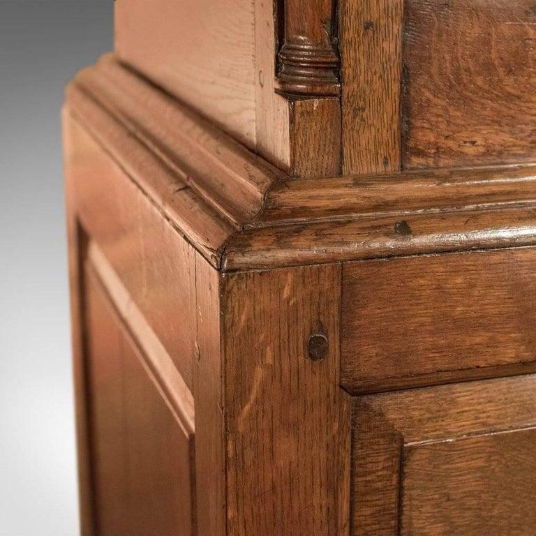 18th Century Fine Large Georgian Antique Wardrobe Linen Press Cabinet English Oak, circa 1800 For Sale